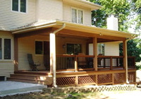 Открытая терраса к деревянному дому 3х7